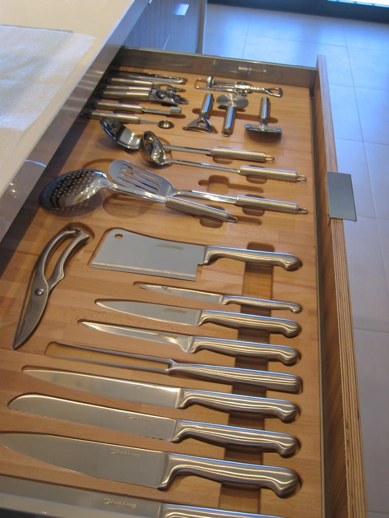 clasificador de utensilios de cocina