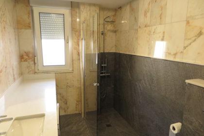 aprovechar azulejo en reforma baño