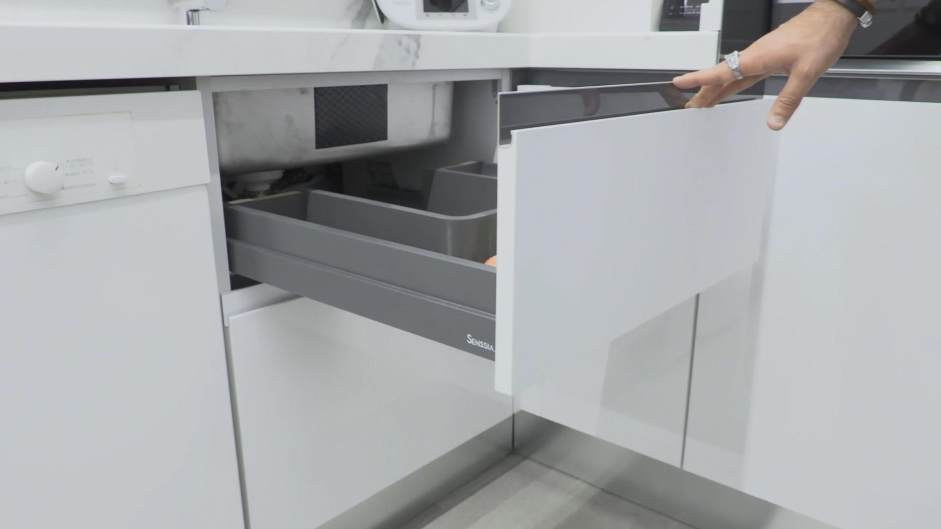 cocina-blanca-pequena-ele (11)
