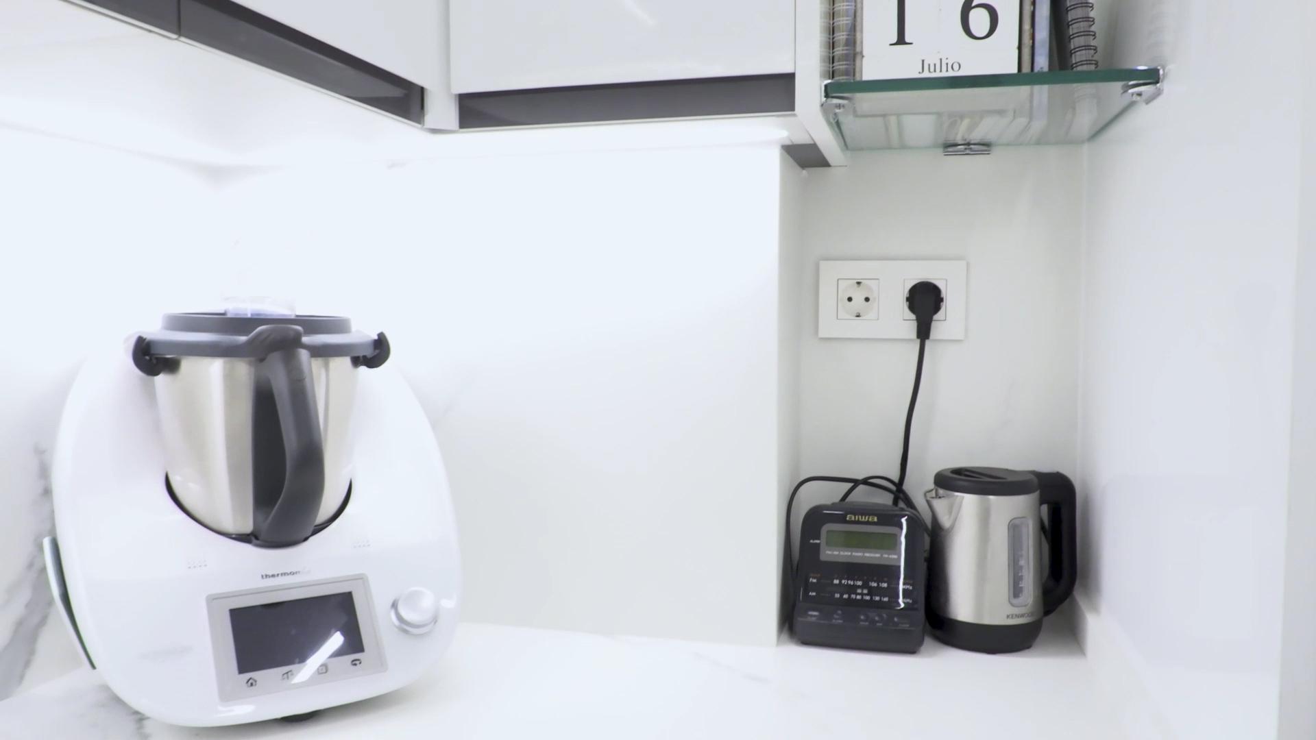 cocina-blanca-pequena-ele (17)